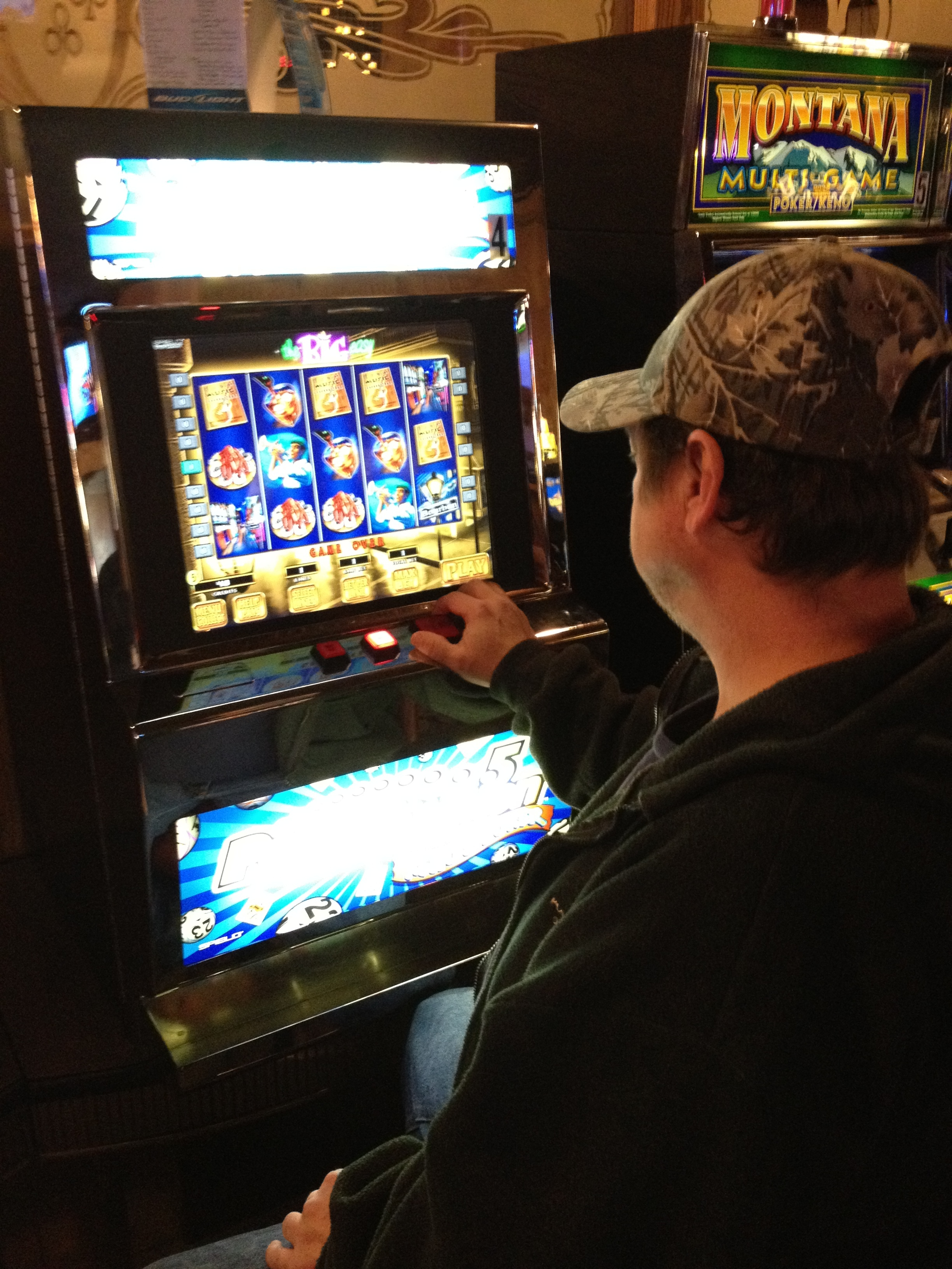 Keno gambling